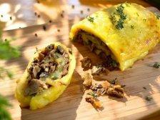 Главное фото рецепта Картофельный рулет с грибами