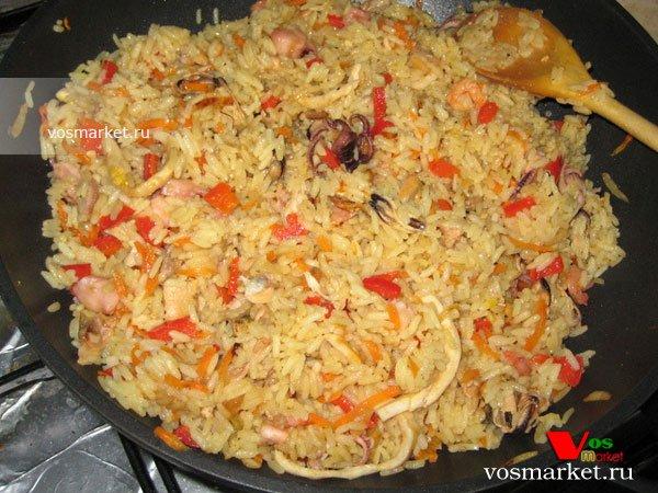 Фото готового блюда: Паэлья с морепродуктами