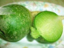 Фото к блюде Салат из зеленой редьки
