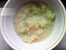 Фото к второму шагу приуготовлению рецепта Котлеты-колечки куриные