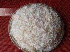 Фото к седмому шагу приуготовлению рецепта Салат 'Мимоза' с консервами