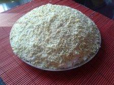 Фото к девятому шагу приуготовлению рецепта Салат 'Мимоза' с консервами