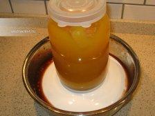 Фото к седмому шагу приуготовлению рецепта Куриный голень в духовке
