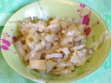 Фото к восьмому шагу приуготовлению рецепта Суп рассольник