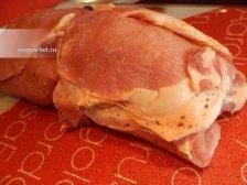 Фото к пятому шагу приуготовлению рецепта Рулет из свинины в духовке