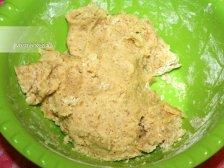Фото к пятому шагу приуготовлению рецепта Печенье с кусочками шоколада