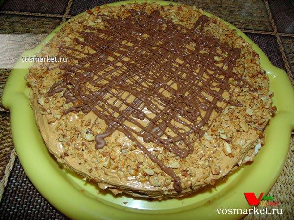 Фото готового блюда: Домашний торт из коржей
