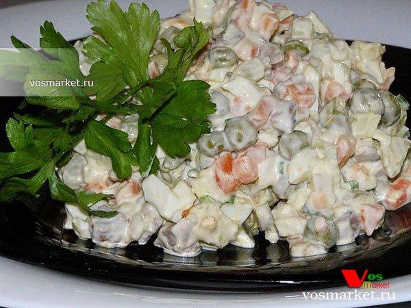 Фото готового блюда: Оливье классический