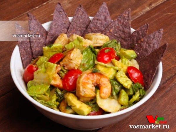 Фото готового блюда: Салат с авокадо и креветками