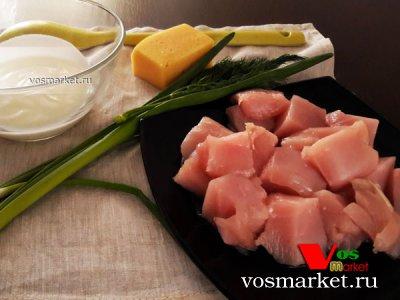 Ингредиенты для приготовления сливочной подливы с курицей