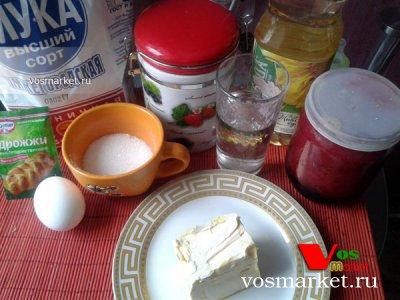 Ингредиенты для испанских булочек с джемом