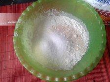 Фото к второму шагу приуготовлению рецепта Испанские булочки в духовке