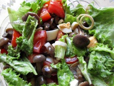 Главное фото рецепта Салат с маринованными опятами
