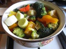 Фото к четвертому шагу приуготовлению рецепта Суп из брокколи