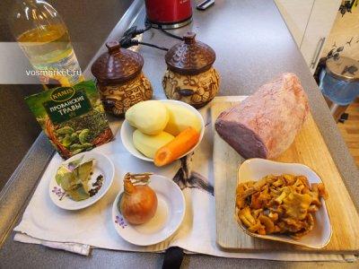 Ингредиенты для приготовления блюда свинина в горшочках