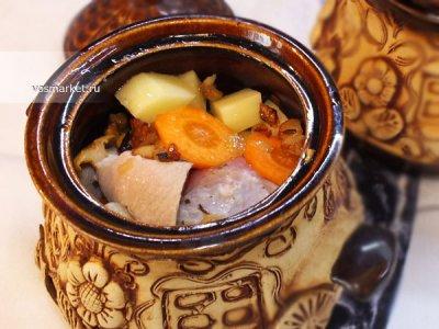 Главное фото рецепта Свинина в горшочках в духовке