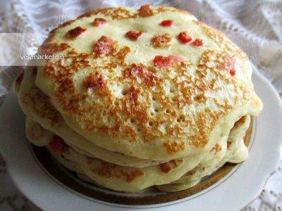 Главное фото рецепта Дрожжевые блины с припеком