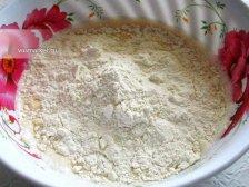 Фото к пятому шагу приуготовлению рецепта Дрожжевые блины с припеком