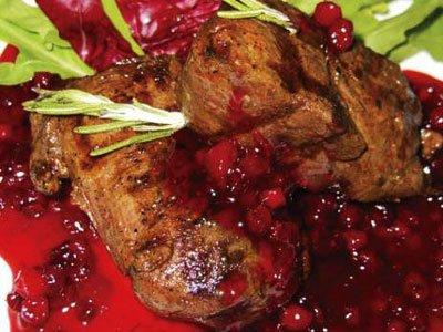 Главное фото рецепта Оленина под соусом