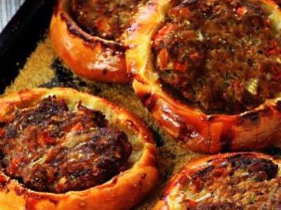 Главное фото рецепта Ватрушки с мясом