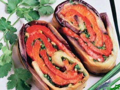 Главное фото рецепта Рулет из баклажанов и перца