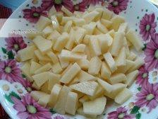 Фото к второму шагу приуготовлению рецепта Грибной суп из шампиньонов