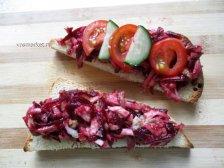 Фото к десятому шагу приуготовлению рецепта Бутерброд с сыром и авокадо