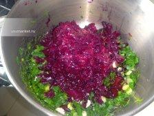 Фото к третьему шагу приуготовлению рецепта Холодник из свеклы