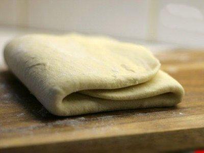 Главное фото рецепта Слоеное тесто