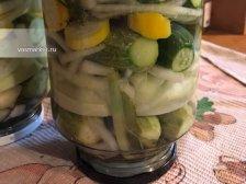 Фото к восьмому шагу приуготовлению рецепта Соленые огурцы на зиму