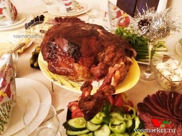 Главное фото рецепта Свиной окорок в фольге