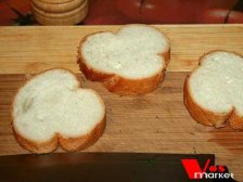 Гренки из батона с сыром и помидором - рецепт пошаговый с фото