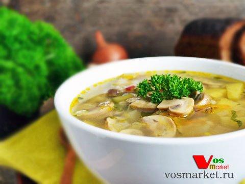 Фото Грибной суп с перловкой шаг 9