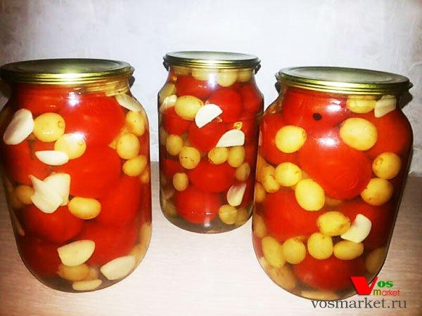Фото Маринованные помидоры с виноградом шаг 11