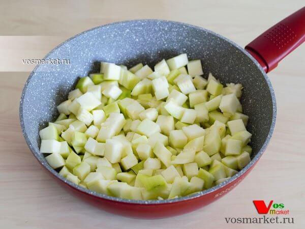 Фото Закуска из овощей на сковородке шаг 2