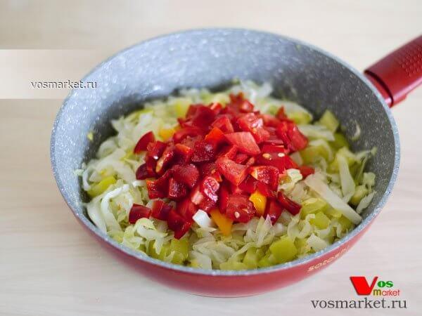 Фото Закуска из овощей на сковородке шаг 4