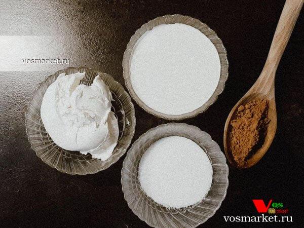 Фото Шоколадный бисквитный торт шаг 5